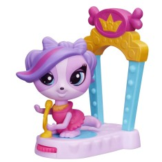 Boneca Littlest Pet Shop Movimentos Mágicos Zoe Trent Hasbro